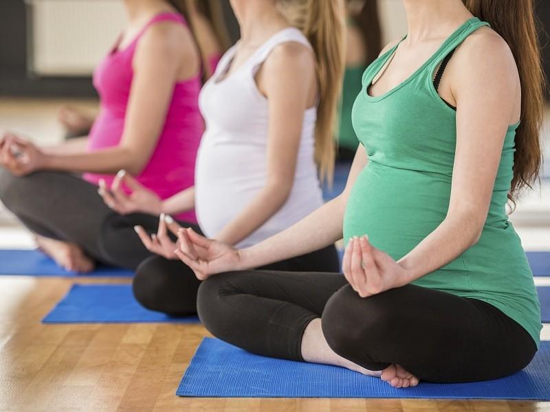 10 безопасных занятий для женщин при беременности