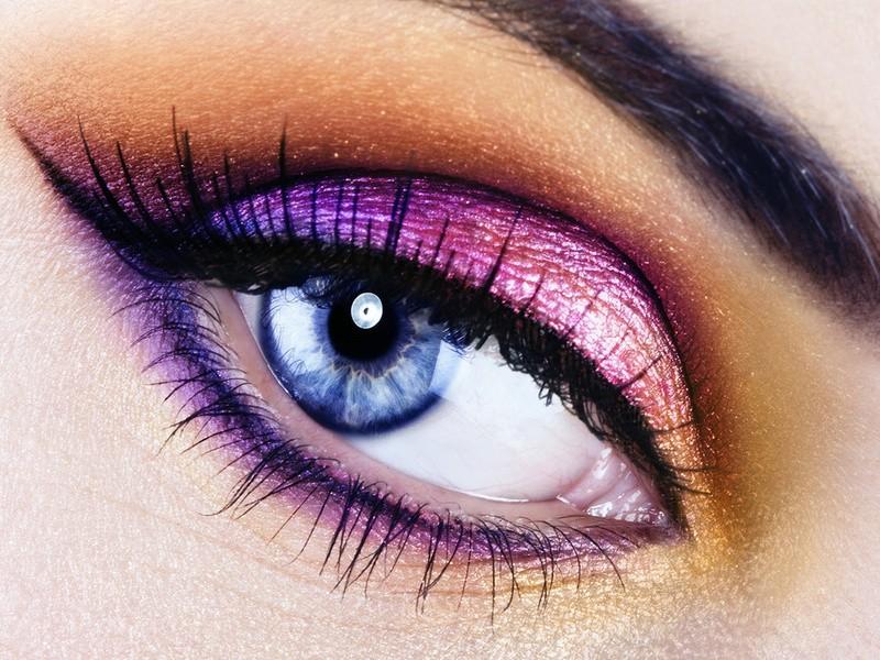 Как красиво подчеркнуть ваши глаза?
