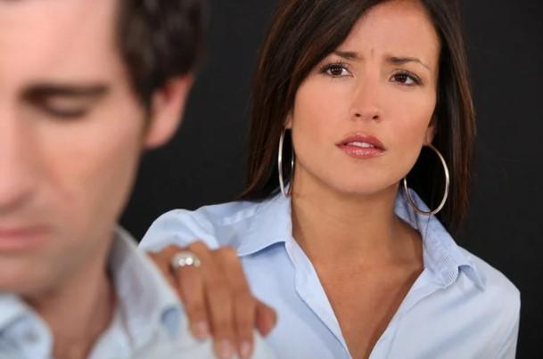 5 признаков того, что мужчина вас больше не любит