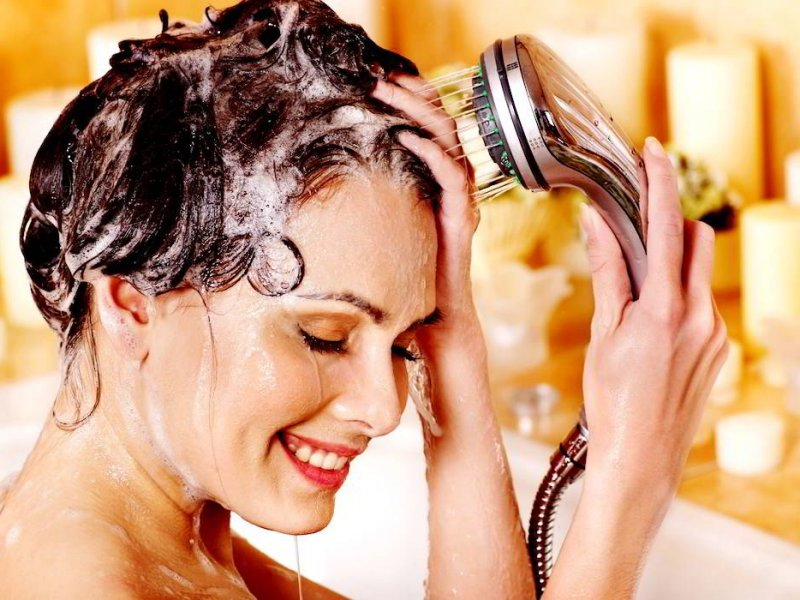 Как правильно мыть волосы на голове?
