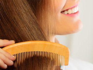 Расческа для волос: влияние материала на волосы