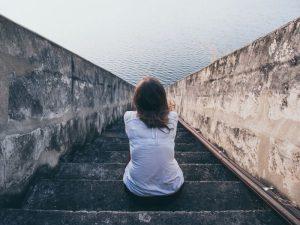 8 советов, чтобы избавиться от чувства ненужности