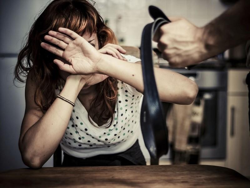 Что должна знать женщина о непредсказуемой жестокости мужчин?