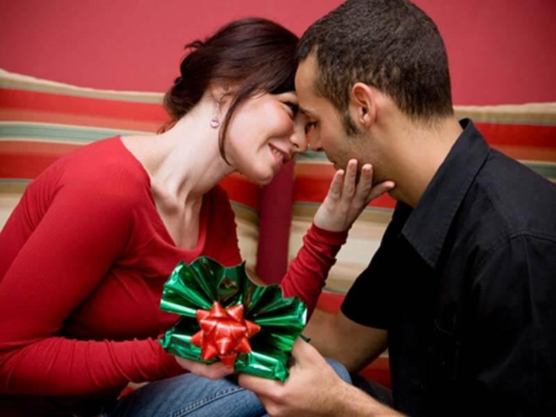 6 шикарных подарков для любимой на 14 февраля, которые гарантированно понравятся
