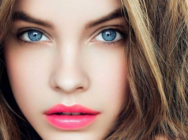 Особенности макияжа для голубых глаз