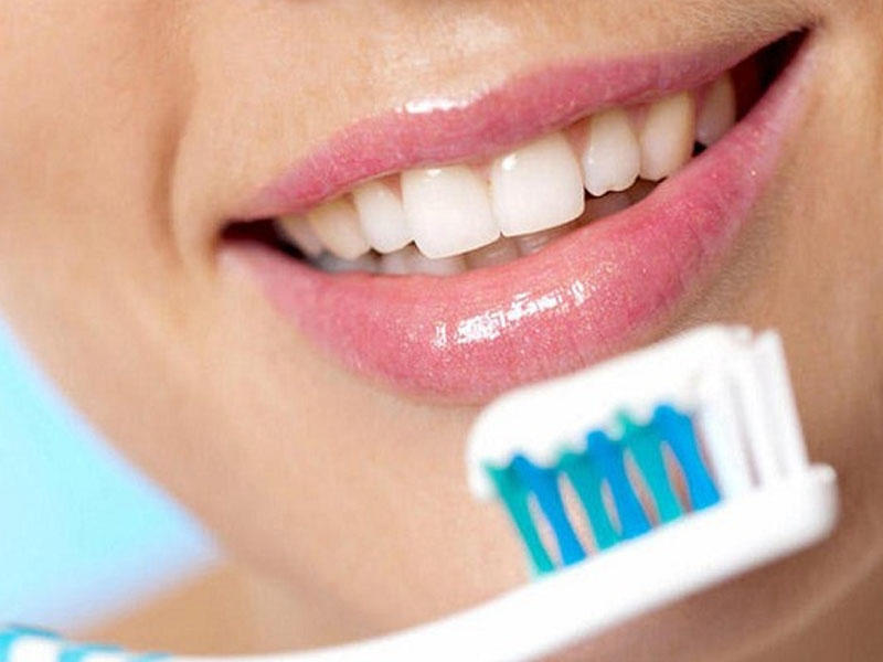 Как выбрать лучшую зубную щётку по 4 параметрам?