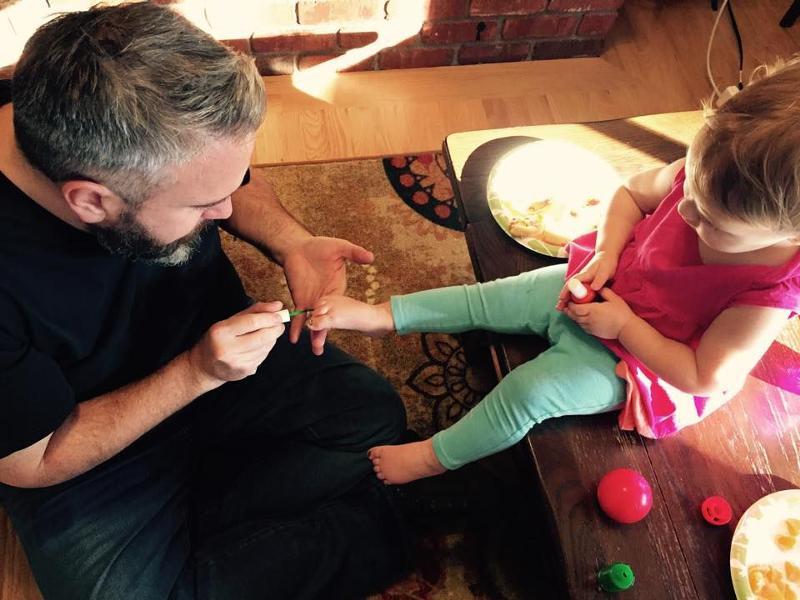 4 вещи, которым дочь научит только отец
