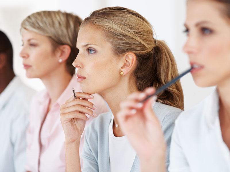 Чем опасны тренинги для женщин?