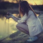 Как по поступкам мужчины понять, что ты ему не безразлична?