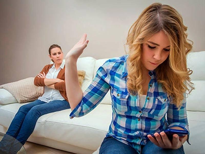Как общаться с матерью, если у нее довольно тяжелый характер?