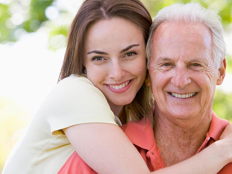 Муж намного старше жены - это проявление его отцовского инстинкта?