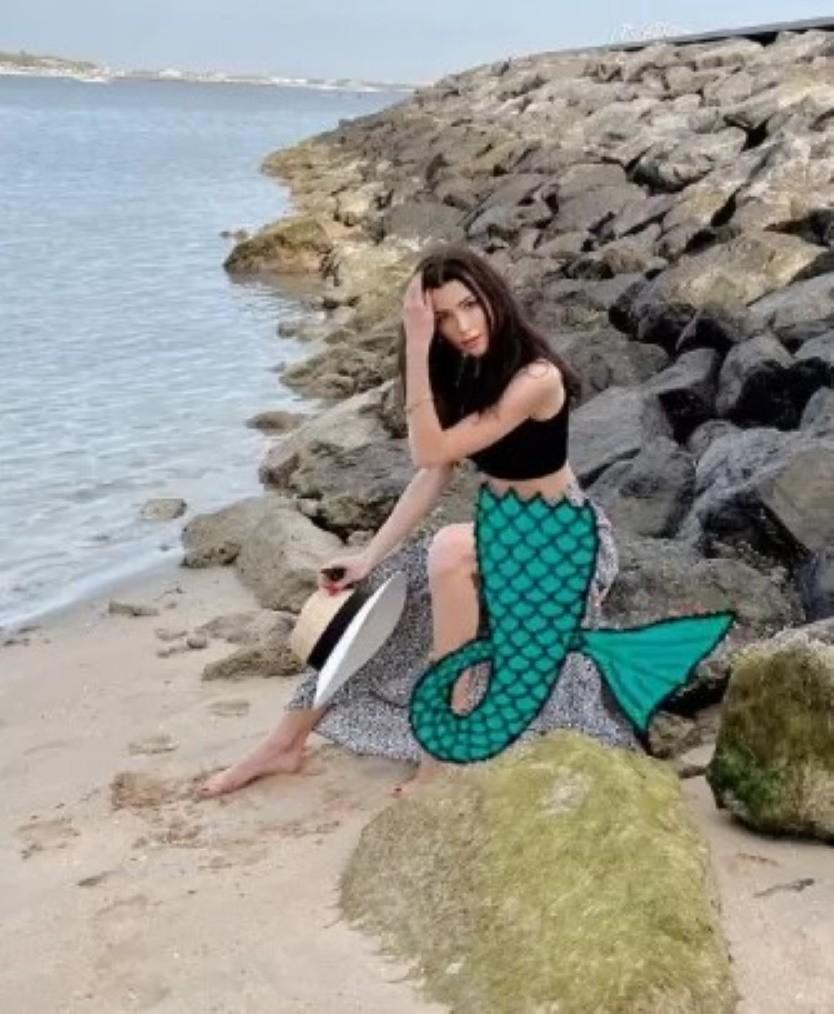 Дочка Заворотнюк «обзавелась» русалочьим хвостом